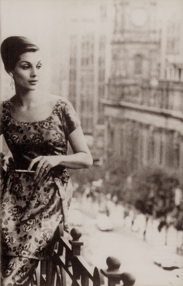 MAGGIE TABBERER probably Australia's greatest model. Photo by HELMUT NEWTON Spring 1960. On a balcony overlooking Melbourne Town Hall, Maggie wears a distinctive cut tunic dress by Park Avenue. From In Vogue Australia. (minkshmink)
