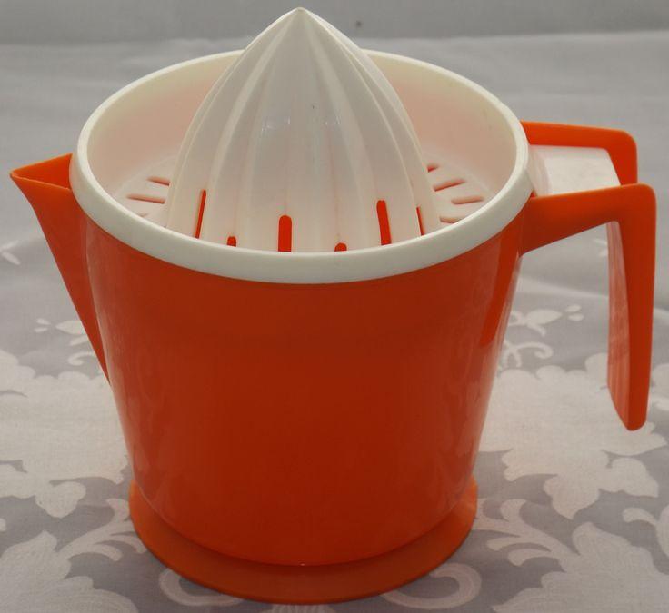 Red & white HOSTESS plastic juicer - Australian