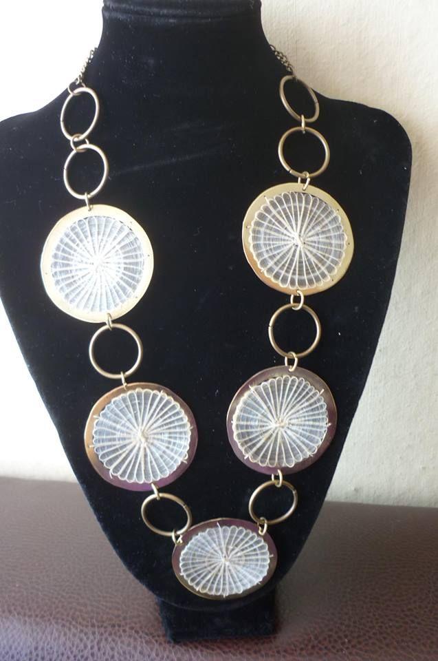 Collar de crin con bronce JOYAS MANDRAGORA