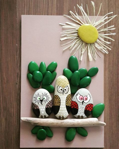 2332 best painted rocks images on pinterest - Manualidades con piedras de playa ...