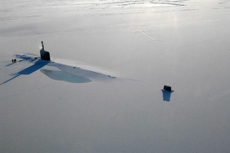 The US Navy attack submarine USS Annapolis (SSN 760) rests in the Arctic Ocean after surfacing through three feet of ice