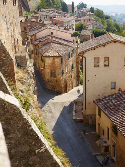 Tuscany: Alternative Life Tuscany, Italy Trips, Favorite Places, Drinks Wine, Hello Beautiful, Italy Greece, Beautiful Tuscany, Dreams Italy, Tuscany Ridecolor