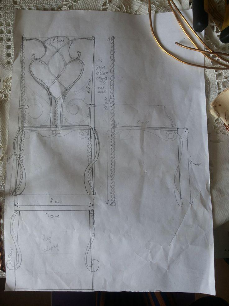 https://flic.kr/s/aHsk6txMG7 | МК Медный стульчик | Стул сделан из медной проволоки сечением 4мм и 0,2мм. Из толстой выгнут основные детали. Тонкую проволоку я использовала для соединения , т.к. паять не умею)))