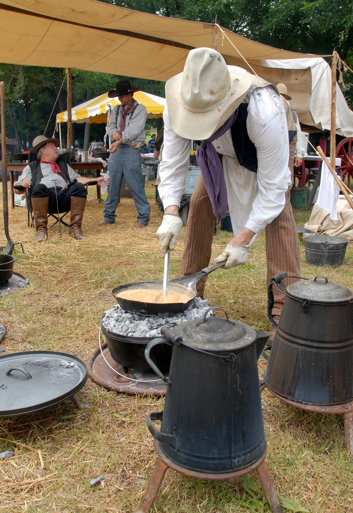 122 best images about chuckwagon cooking on pinterest for Award winning dutch oven dessert recipes