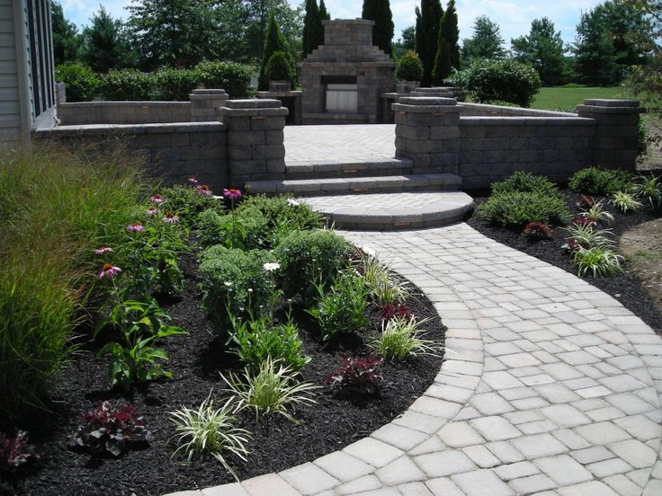 Best 25+ Landscaping Around Patio Ideas On Pinterest | Landscaping Around  Pool, Landscape Around Deck And Landscaping Around House
