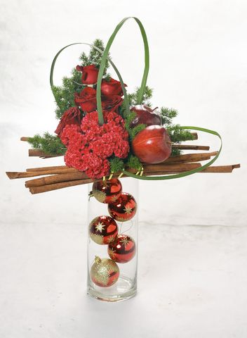 christmas flower designs | Modern Christmas Fresh Floral Designs | Dandelions Flowers & Gifts