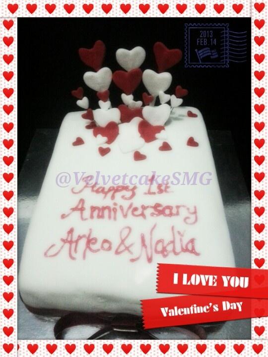Heart bloom anniversary cake @VelvetcakeSMG / www.semarangkitchen.com