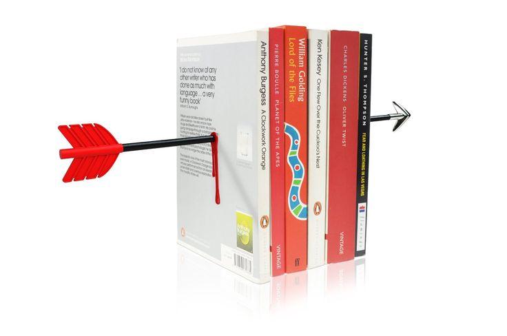 Ce qui est bien avec les bouquins c'est qu'en plus d'être de formidables sources de distraction pour peu qu'on maîtrise un peu les rudiments de la lecture, ils peuvent aussi servir d'objets de déco. E