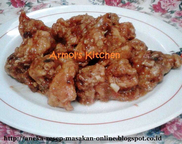 Ayam goreng saus manis, asam, asin.  Ayam goreng dimasak dengan mangga muda, gula merah dan berbagai bumbu lainnya.  Yuk simak resepnya http://aneka-resep-masakan-online.blogspot.co.id/2016/08/resep-ayam-goreng-saus-manis-asam-asin.html