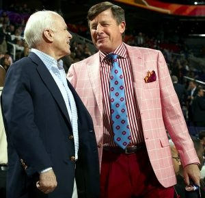 Craig Sager (john mccain without a tie on)