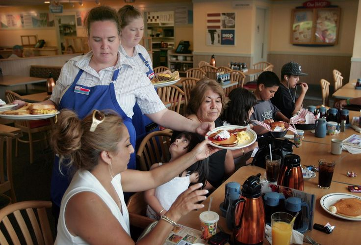 IHOP and Applebee's closing over 100 restaurants | Parent company DineEquity is shuttering underperforming locations as it moves to slash costs