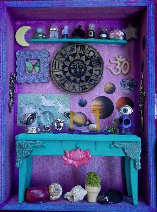 .A miniature altar, what a fab idea