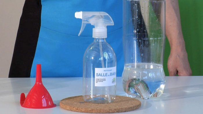 Fabriquer un nettoyant écologique pour la salle de bain