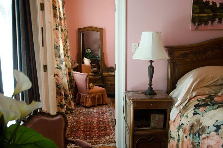 Savannah Inn Bed and Breakfast - Savannah Romantic Inn, Historic Savannah Bed & Breakfast Inn, historic Savannah Inns