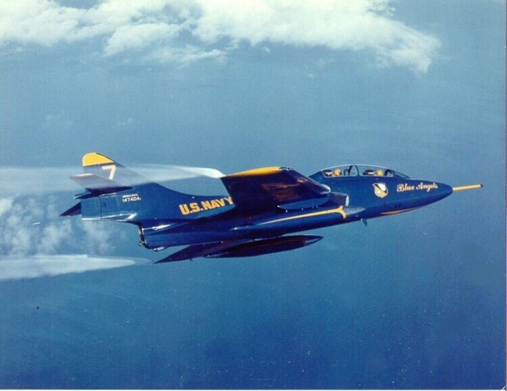 Blue Angels F9F Cougar