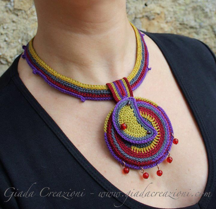 Crocheted necklace by CLORIN