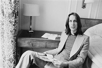 American singer-songwriter, musician and record producer, Todd Rundgren, 1st June 1975.