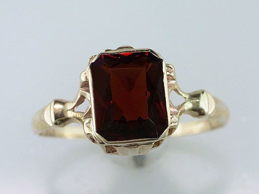 Vintage Antique 1.70ct Garnet Yellow Gold Victorian Cocktail Ring #Cocktail
