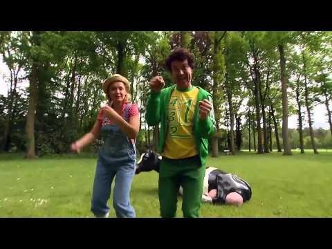Dirk Scheele - Het Boerendoelied met Joes Boonen uit de serie 'Op stap met Dirk Scheele' - YouTube