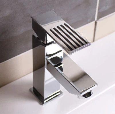 Contemporain en laiton mixte mitigeur lignes noires lavabo robinet TC008R