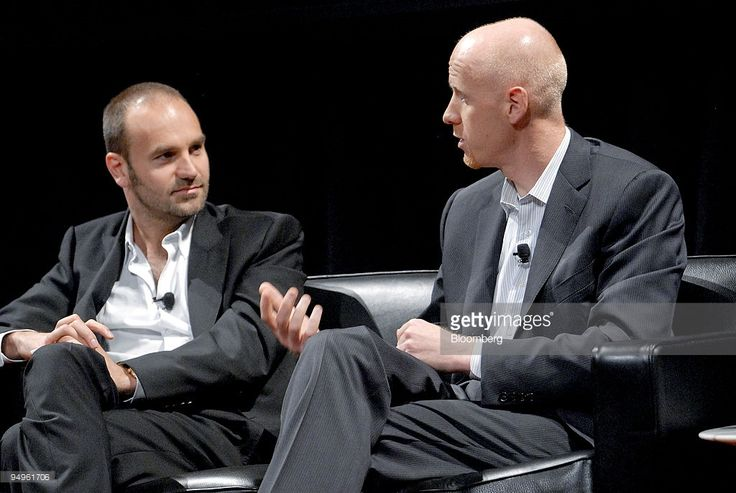 Mark Shuttleworth, founder of the Ubuntu Project, an enterprise Linux distribution that is freely available, left, and Tim Cadogan, chief executive officer of OpenX, take part in a panel discussion during the 'Disruptive by Design' WIRED Magazine Business Conference in New York, U.S., on Monday, June 15, 2009. OpenX's primary open source advertising platform product is the world's leading independent ad server, and is used by more than 35,000 publishers on more than 150,000 websites across…
