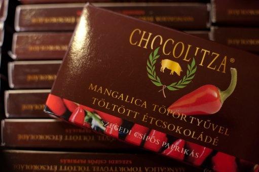 Chocolitza - Schokolade gefüllt mit Mangalitza Grammeln und scharfe Paprika aus Szeged