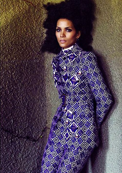 This is one daring look... working my way to print on print chic  Halle x Prada