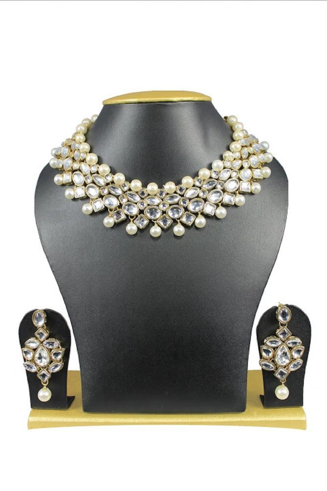 Indian Bollywood Bridal White Pearls Kundan Wedding Wear Women Necklace Set #natural_gems15 #GoldPlated