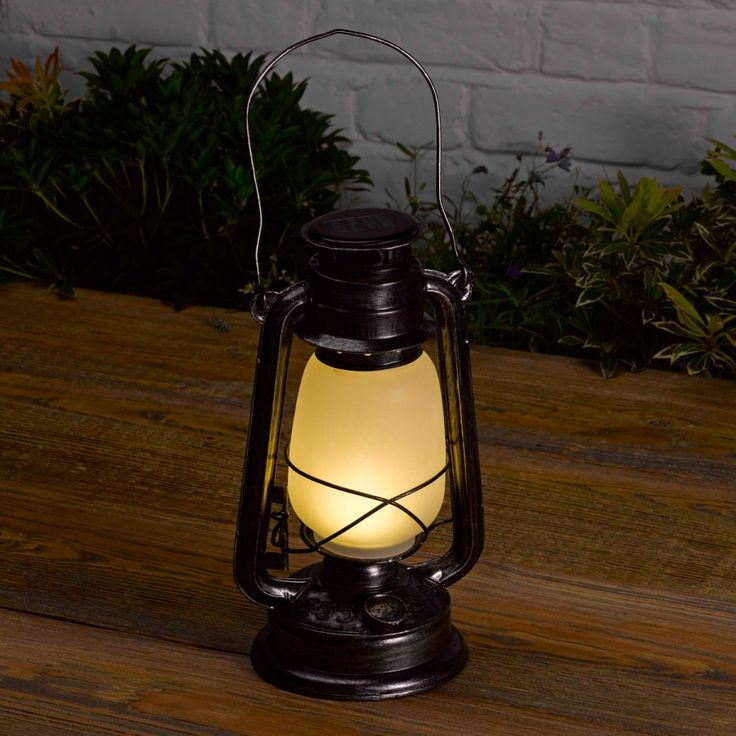 love this lantern it looks very solar portland lantern