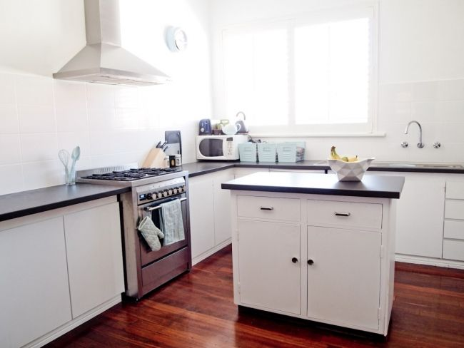 Before & After: Wanjie's Clever $2000 Kitchen Makeover | House Nerd