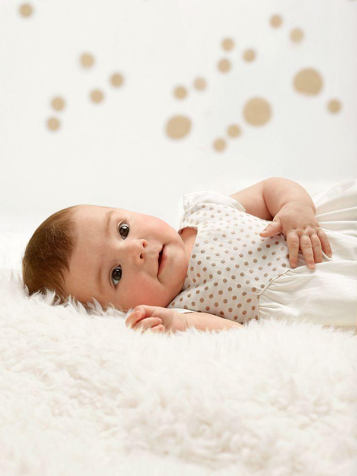#Robe de cérémonie en satin bébé - Collection automne hiver 2014 - www.vertbaudet.fr