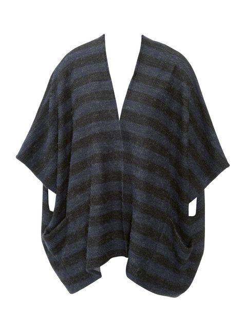 Free Burda Sewing Pattern - Poncho with Pockets