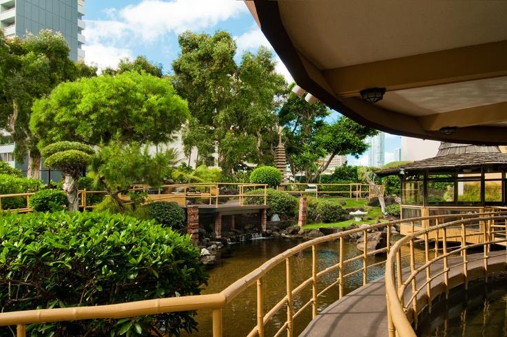 Pagoda Hotel Garden Walkway