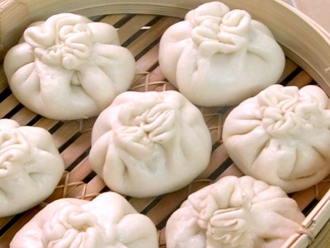 I looked at a lot of pork bun recipes before i tried one. I ended up using this one and it was great! I really liked the hosin ribs though it was hard to cut them up and put them in! Next time I may just make those! -- LA