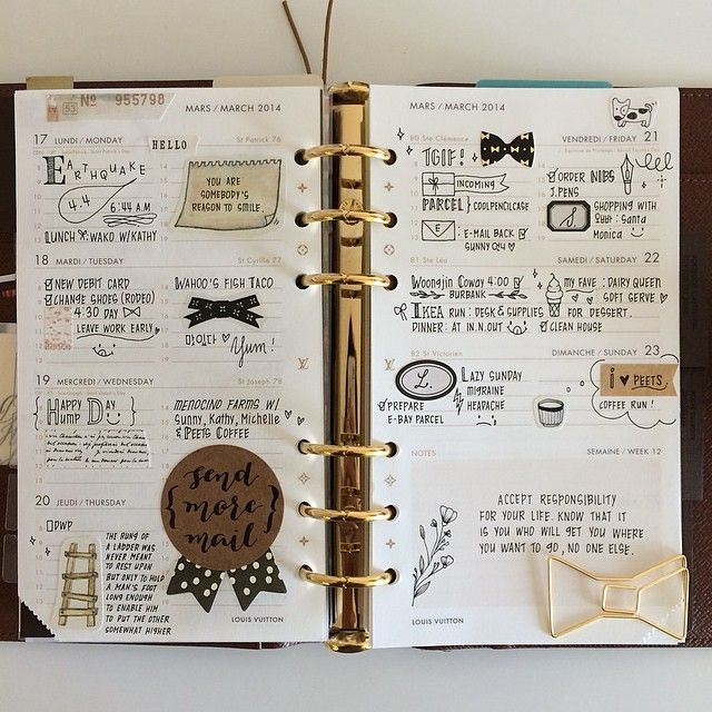Daily Agenda | Also doubles as a scrapbook. So cute! #planner