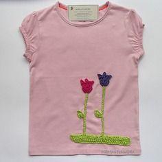 T-shirt da bambina color rosa - tulipani