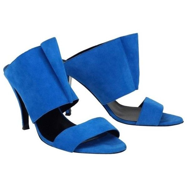 Pre-owned Pierre Hardy  Cerulean Blue Suede Mule Heels (495 BRL) ❤ liked on Polyvore featuring shoes, pumps, blue, blue suede pumps, blue pumps, pierre hardy shoes, cone-heel pumps and blue suede shoes