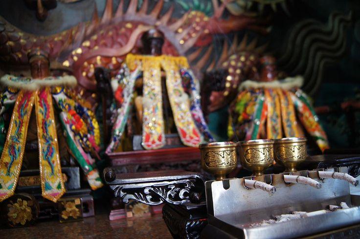 Hiko syougun 飛虎将軍廟(正式名称:鎮安堂飛虎将軍廟)は台湾台南市安南区同安路127号にある民間信仰の廟で日本軍人(杉浦茂峰)が神として祀られている。