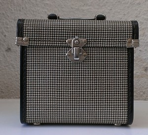 VINTAGE 1960'S VINYL 45's RECORD CARRY CASE STORAGE BOX
