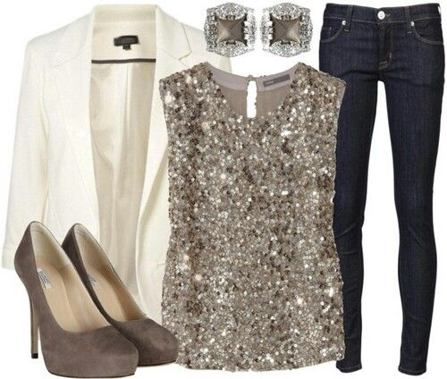 This would be really nice for a date night or dinner party. Brown, cream, or nude color pumps would work with this.