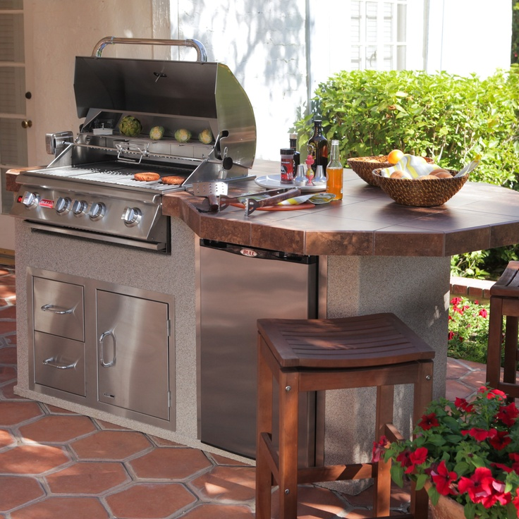 31 best images about outdoor bbq islands on pinterest for Outdoor kitchen grill cabinets