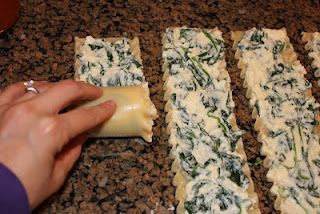 Looks quick and easy! Spinach and cheese lasagna rolls. bake at 350 degrees for 40 minutes!