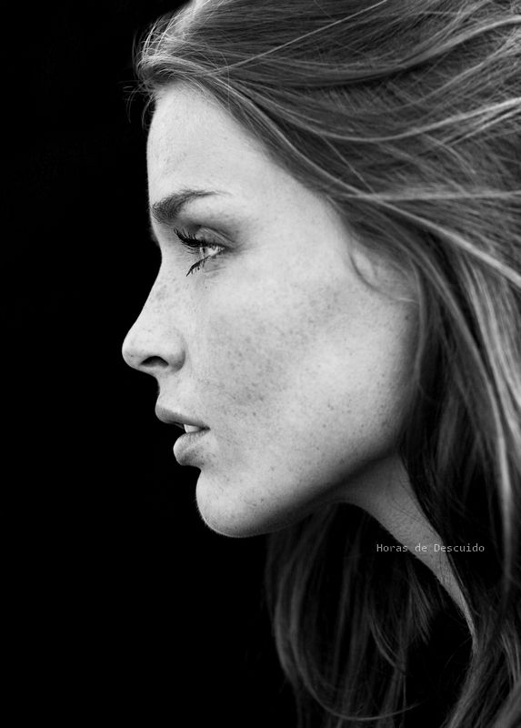 Straight Profile. Considered the ideal profile. Any hairstyle would ... Woman Side Profile Drawing