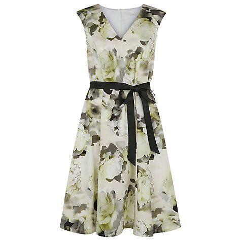 Vintage Bride ~ Mother of the Bride ~ Kaiko Floral Print Cotton Dress ~ [vintagebridemag.com.au] ~ #vintagebride #vintagewedding #vintagebridemagazine #motherofthebride #motherofthegroom