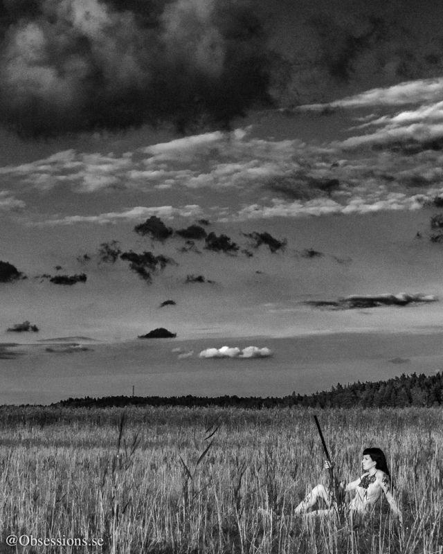 #fineartphotography #conceptualphotography #conceptualart #bodyscape #konst #bodyscape #artnude #noiretblanc #rsa_dark #humanedge #hangovermagazine #nakidmag #photography #bnwmood #bnw_globe #bw #bwlover #monochrome #rsa_bnw #artofbw #blackandwhitephoto #blackandwhitephotography #bnw_captures #bnw_magazine #blackandwhiteisworththefight #bnw_society #bw_divine #bw_lover #superstarz_bw #blancoynegro #bnw_sniper    Via: Obsessions.se