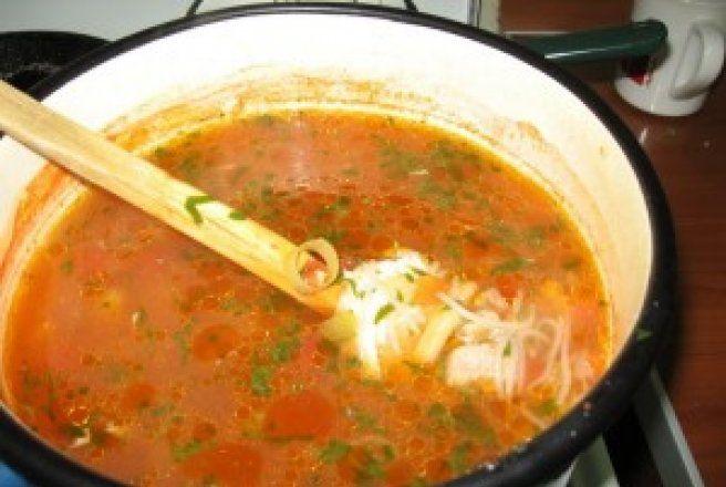 Retete Culinare - Ciorba taraneasca de vacuta