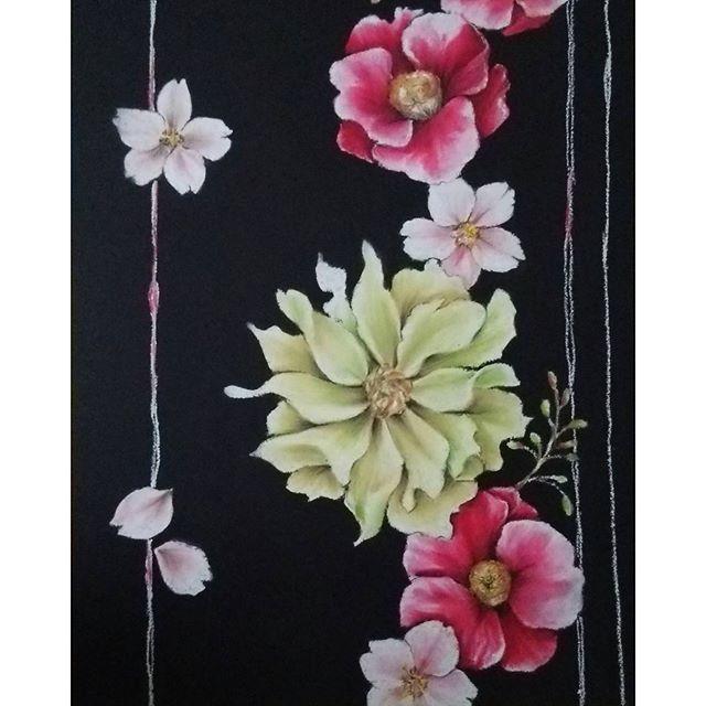 【anm_takahashi】さんのInstagramをピンしています。 《和風な感じで。。。 #chalkart #chalkartist #oilpastel #art#Japan#flower#botanical #cherryblossom #チョークアート#チョークアーティスト#オイルパステル #ぺんてる#花#椿#桜#和#和柄 #ボタニカル#白墨堂横浜校》