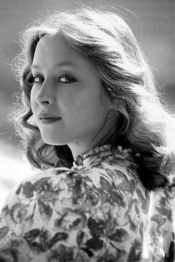 Лари́са Ива́новна Удовиче́нко (род. 29 апреля 1955, Вена, Австрия) — советская и российская актриса театра и кино, народная артистка России (1998), лауреат Государственной премии РФ (2002).