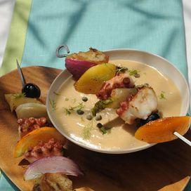 Spiedini di polpo alle olive e finocchi | Donna Moderna