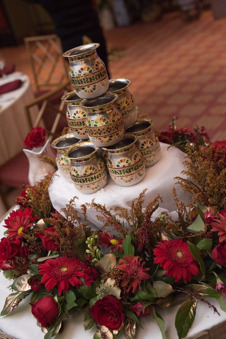 Traditional SriLankan milk fountain done by petals on page florist in USA